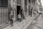 Minielly-HavanaStreets-HangingOut-8718
